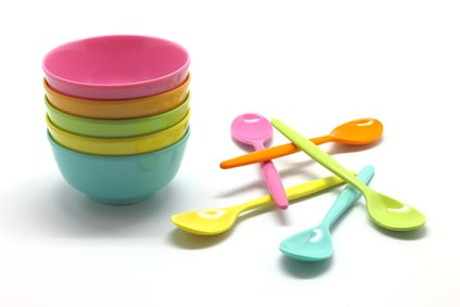 Small plastic bowls and spoons